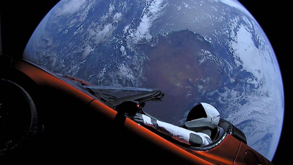 Lanzamiento del Tesla al espacio