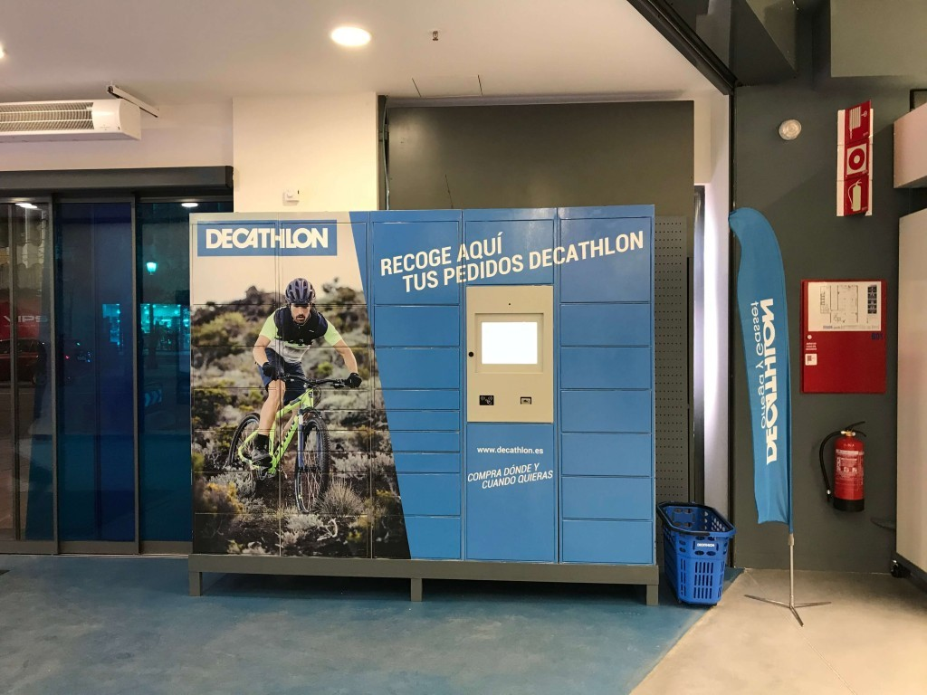 Puesto click and collect Decathlon