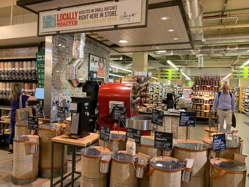 Café recién tostado y molido en Whole Foods