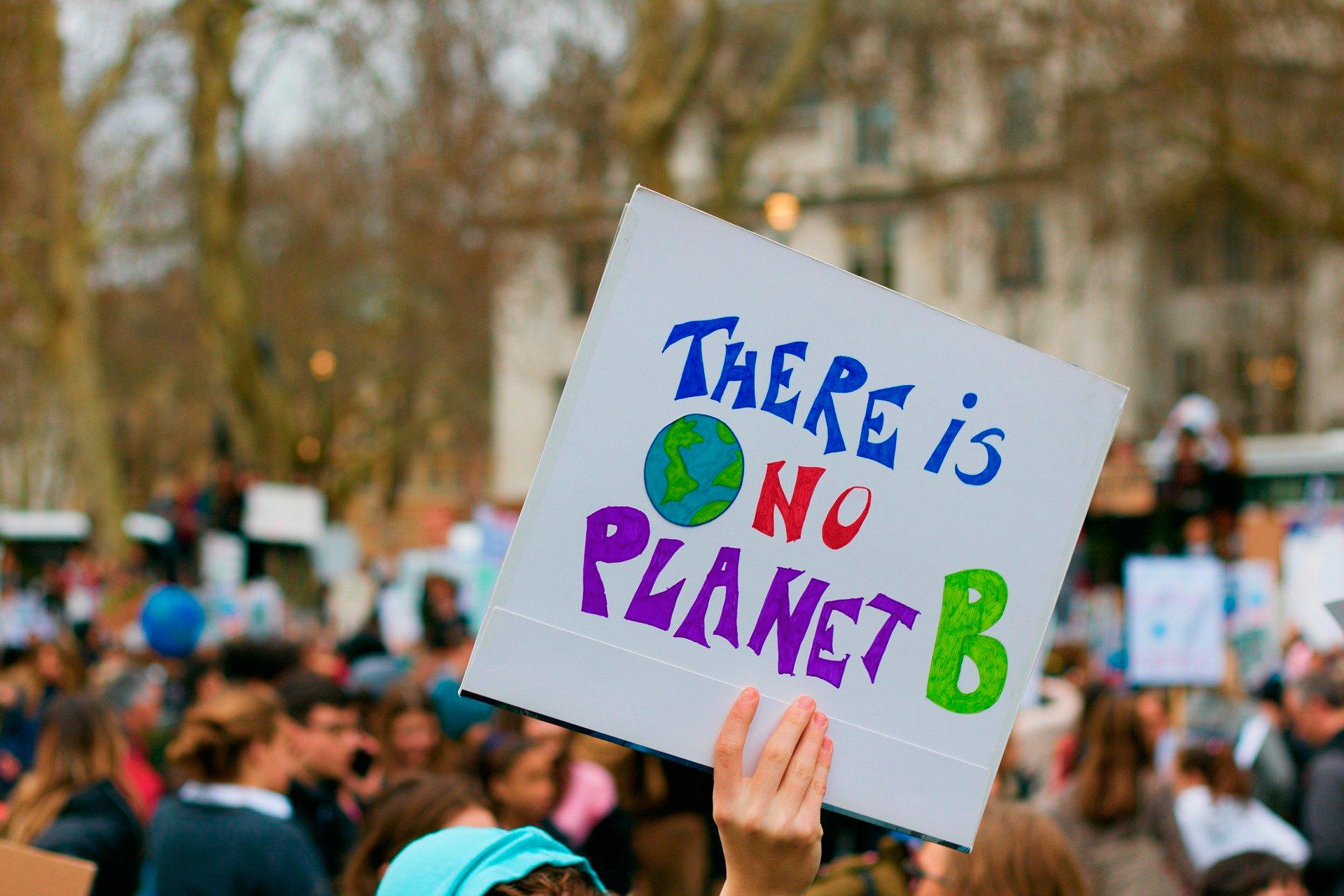Protesta en Londres para luchar por preservar el medio ambiente del planeta.