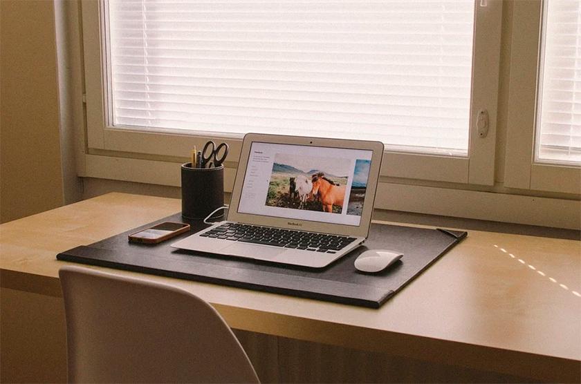 Las casas se han convertido en oficinas por el teletrabajo, por ello la calidad del aire interior aumenta su importancia.