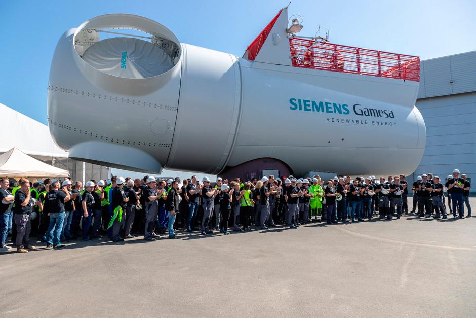 Vista de la gigantesca góndola del generador Siemens Games SG 8.0-167.