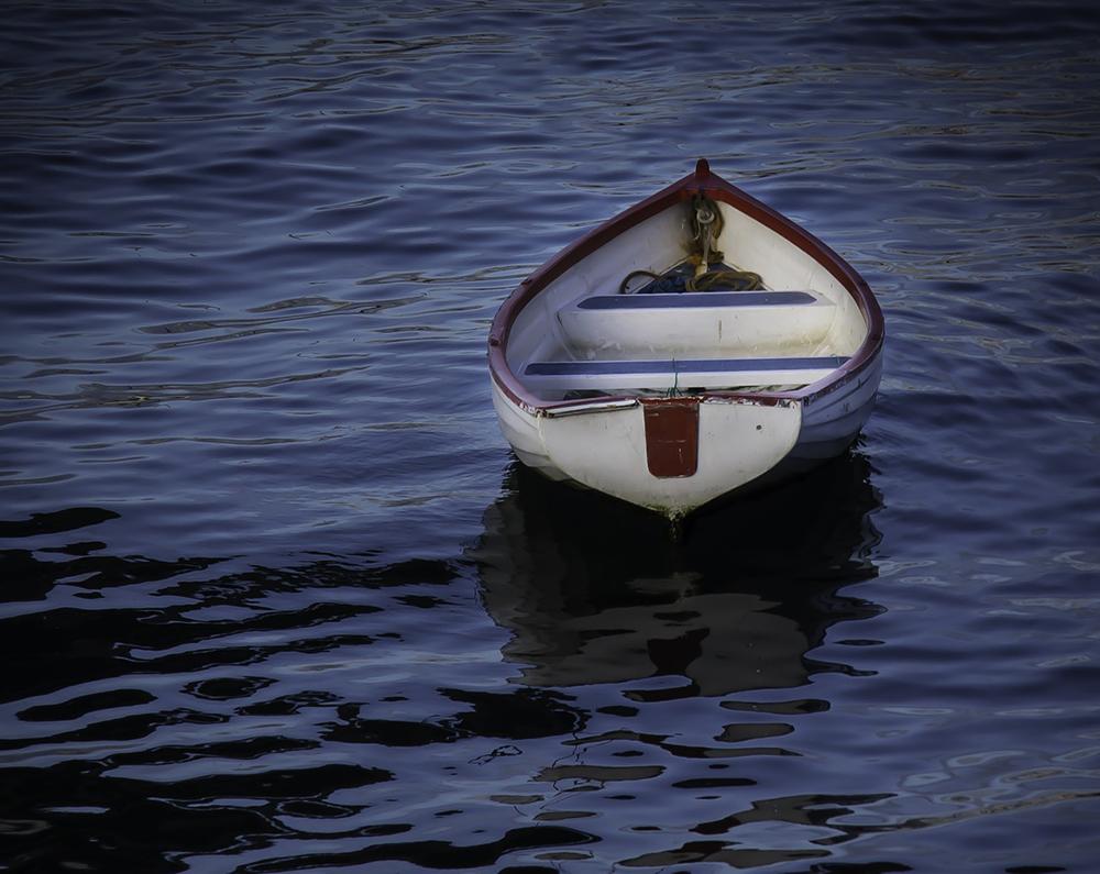 Si solo gestionamos lo provisional, acabaremos como una barca a la deriva.