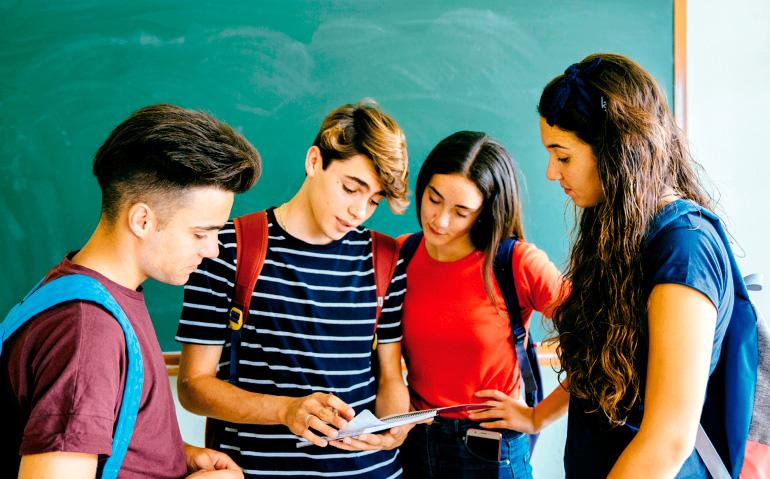 Es fundamental estimular la vocación de los jóvenes.