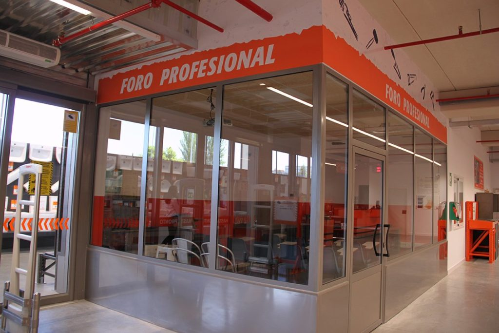 Bricomart Alcobendas: sala para profesionales