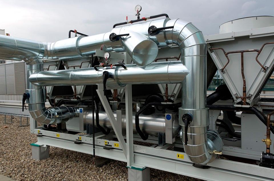 Climatizacion, calefaccion y fluidos, cada vez más cerca del sector de material electrico.