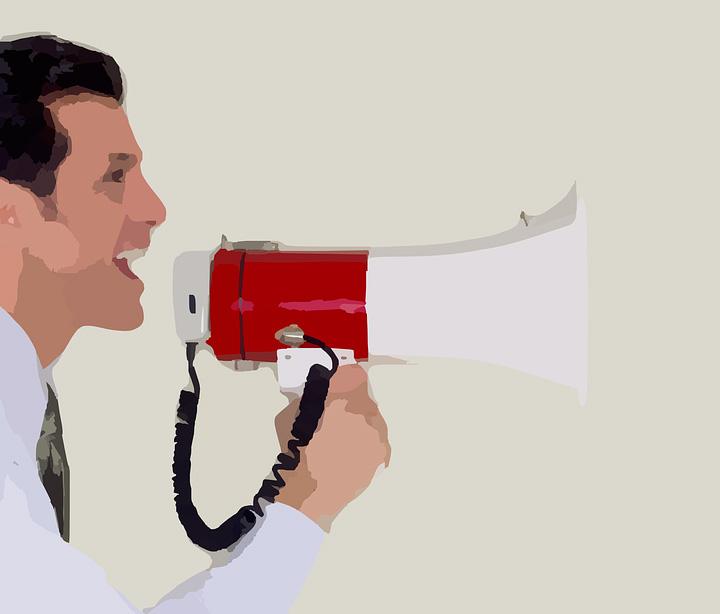 El boca-oreja todavía funciona en el sector de los instaladores, frente a lo digital.